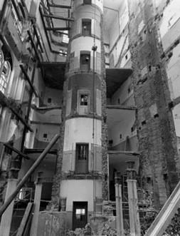 invention-of-elevator-3
